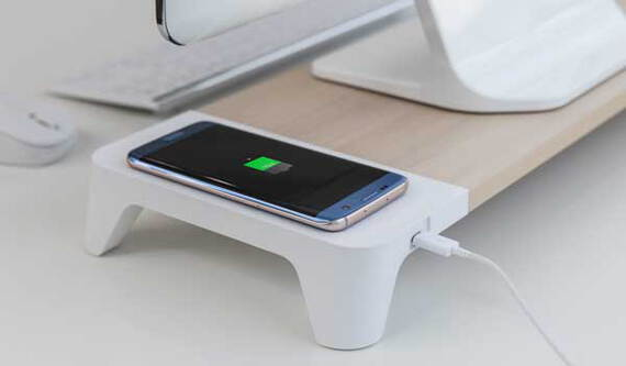 POUT Support moniteur Woody Wireless Charger - Bois